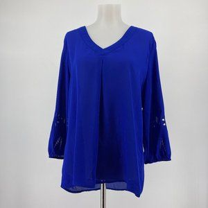 Stitch Fix Brixon Ivy Top Solid Blue Laser Cut